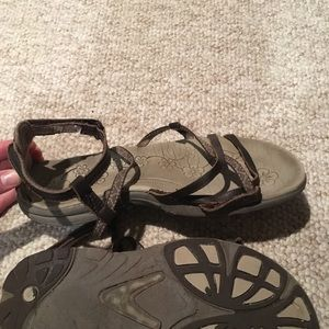 strappy hiking sandals
